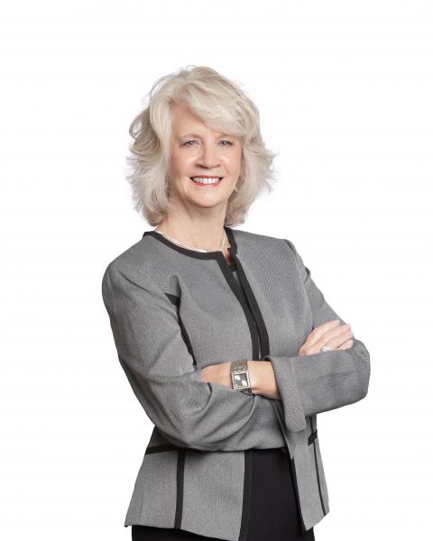 Jane Lee | Hill Spooner Elliot Sales Associate